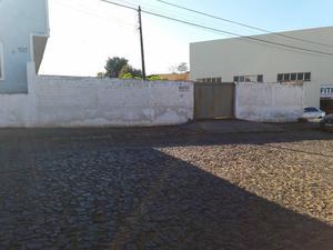 Vende-se ótimo terreno na Rua Nicolau Kluppel Neto