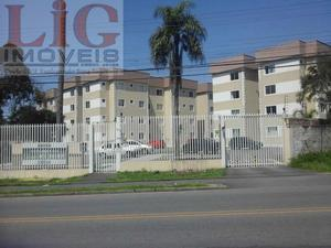 Apartamento a Venda no bairro Uberaba em Curitiba - PR. 1 banheiro, 3 dormitórios, 1 suíte, 1 vaga na garagem, 1 cozinha,  área de serviço,  sala de e