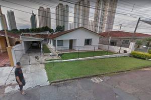 Venda - Casa - 3 quartos - 150,00m² - CIDADE INDUSTRIAL