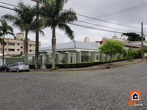 Casa à venda no Jardim Carvalho