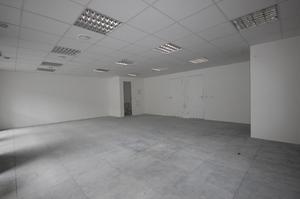 Sala comercial à venda de 80m² em São Paulo.