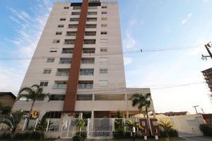 Apartamento de alto padrão 03 quartos no Centro