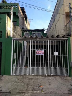 Casa com 2 dormitórios para alugar, 100 m² por R$ 1.000/mês
