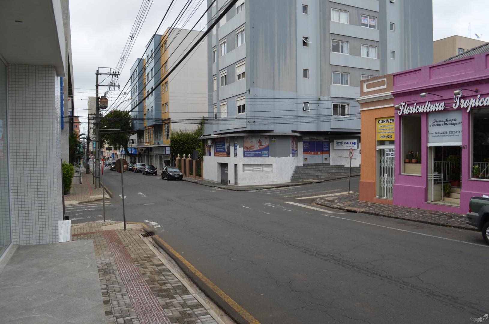 Sala Comercial no Centro de Ponta Grossa