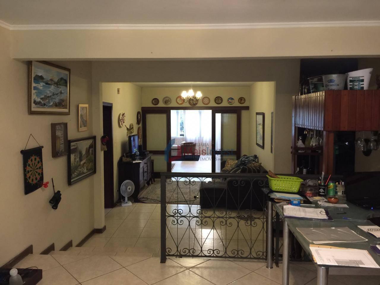 Casa com 3 dormitórios para alugar, 300 m²  - São Francisco - Curitiba/PR