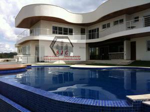 Casa a Venda no bairro Cond. Alphaville em São Paulo - SP. 4 banheiros, 5 dormitórios, 5 suítes, 1 cozinha,  closet,  área de serviço,  lavabo,  sala